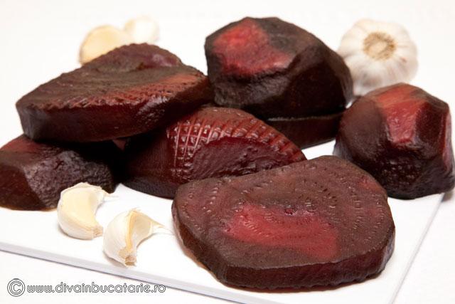 salata-de-sfecla-cu-maioneza-si-usturoi-1