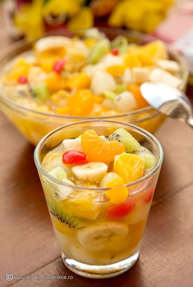 salata-de-fructe-a