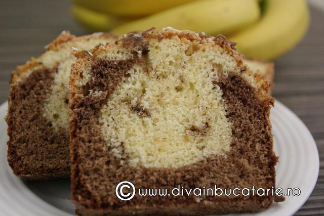 chec-cu-banane-si-ciocolata