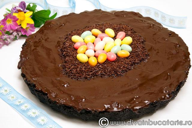 tarta-cu-ciocolata-si-crema-de-castane