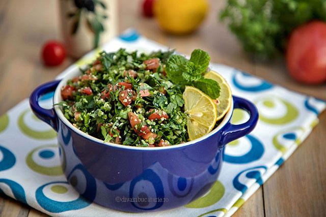 tabouleh salata libaneza de patrunjel o