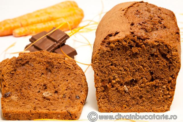 chec-cu-morcovi-si-ciocolata