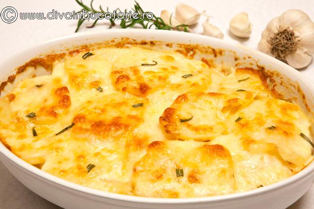 cartofi-dauphinoise