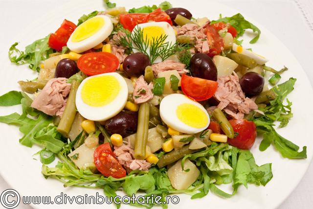 salata-de-ton-cu-fasole-verde-si-porumb-1