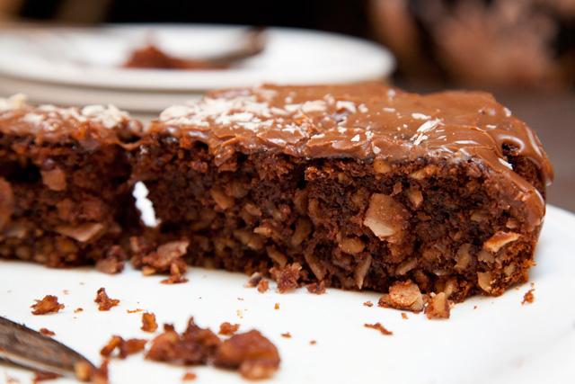 sectiune-tort-ciocolata