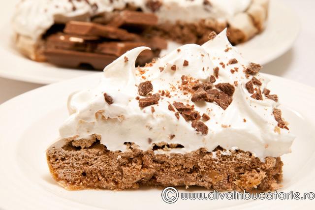tort-de-bezea-cu-ciocolata
