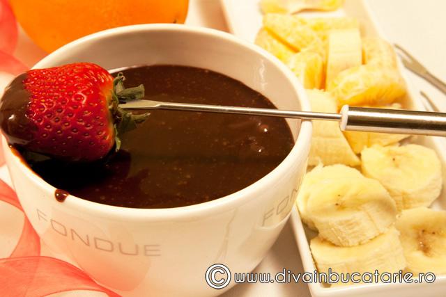 fondue-de-ciocolata