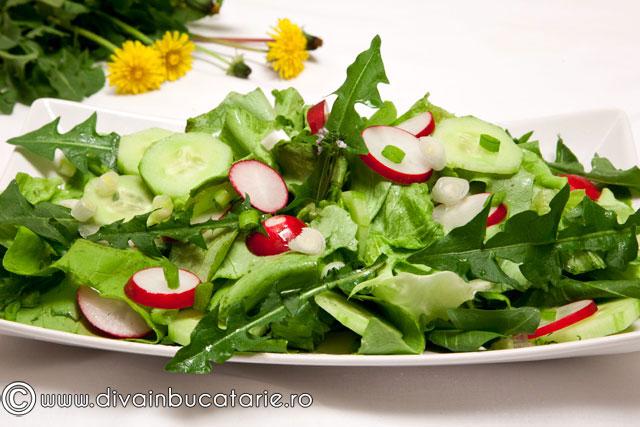 salata-cu-frunze-de-papadie