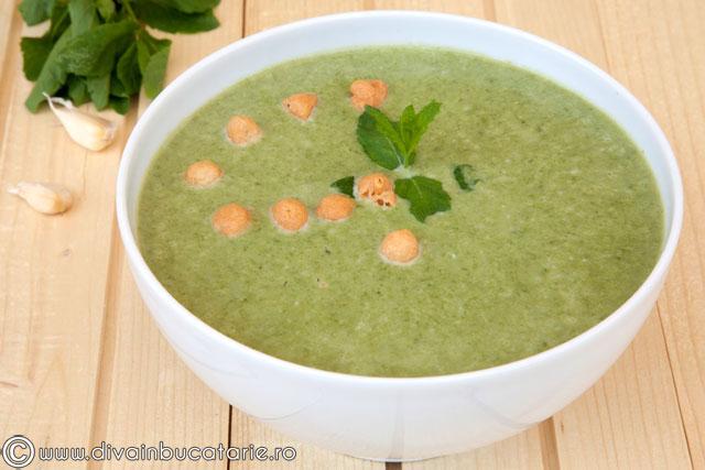 supa-crema-de-dovlecei-cu-spanac