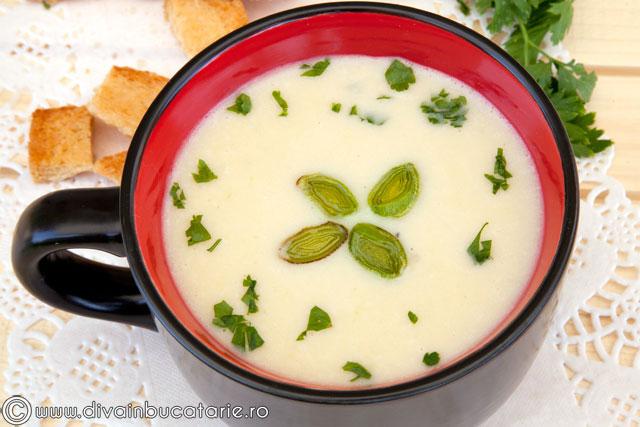 supa-crema-de-praz-cu-cartofi