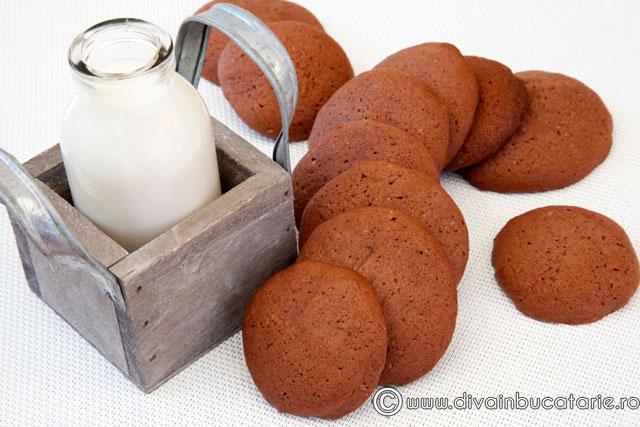 biscuiti-cu-nesquik