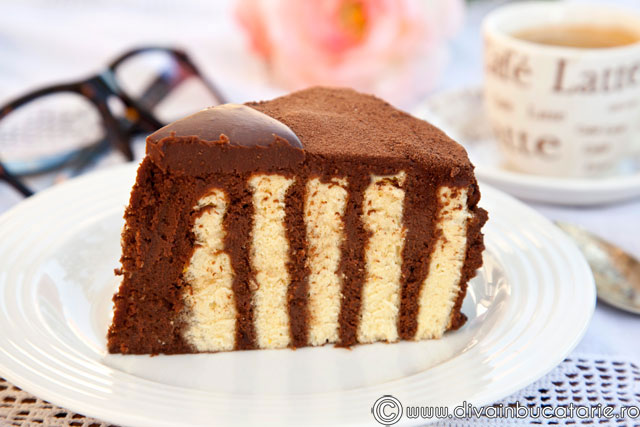 tort-spirala-cu-crema-de-ciocolata-ganache