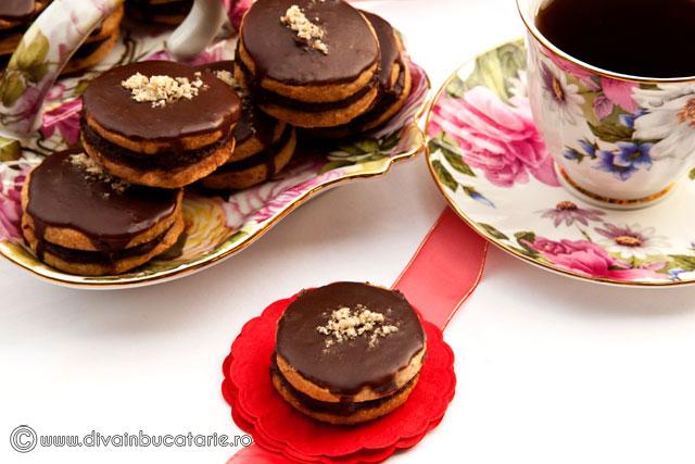 islere-cu-crema-de-ciocolata