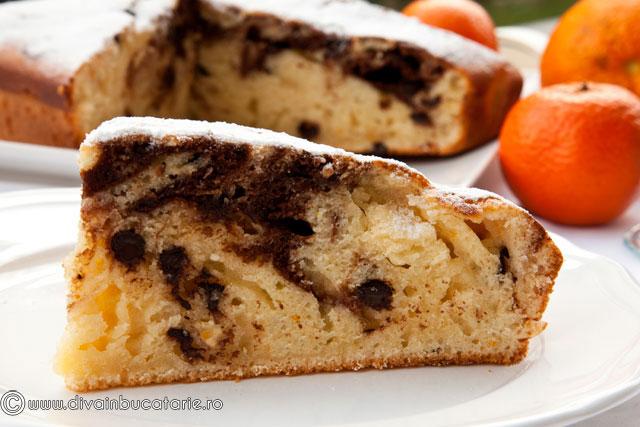 prajitura-marmorata-cu-ricotta,-portocale-si-fulgi-de-ciocolata