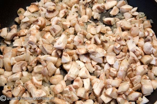 tarta-cremoasa-cu-ciuperci-3