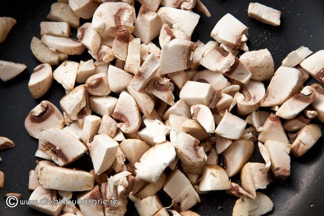chec-aperitiv-cu-ciuperci-si-cascaval----2---1