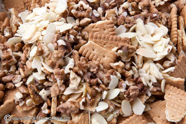 tort-de-biscuiti-cu-ciocolata-1