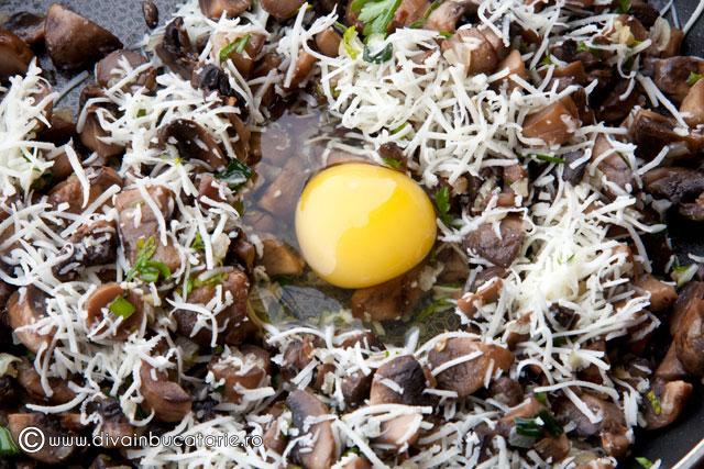 placintele-rapide-cu-ciuperci-2