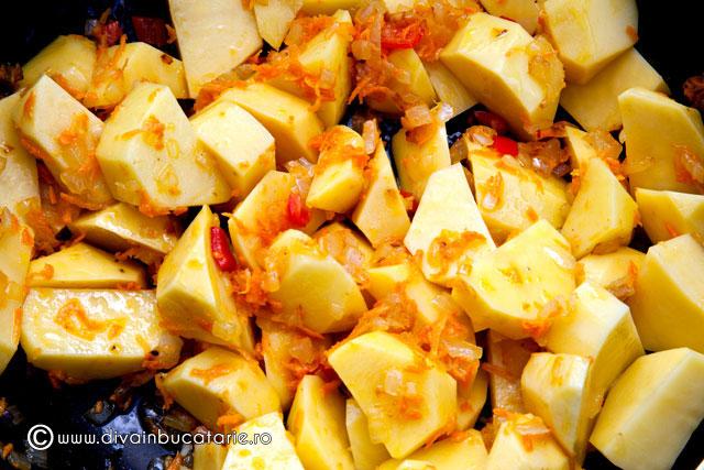 tocanita-de-cartofi-cu-carne-de-iepure-2
