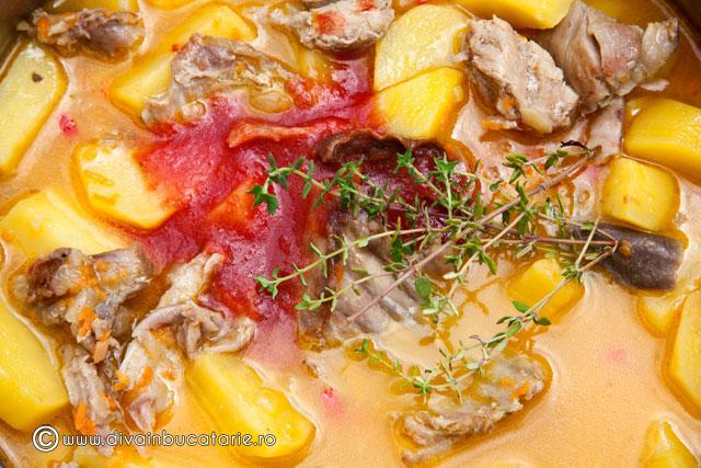 tocanita-de-cartofi-cu-carne-de-iepure-3