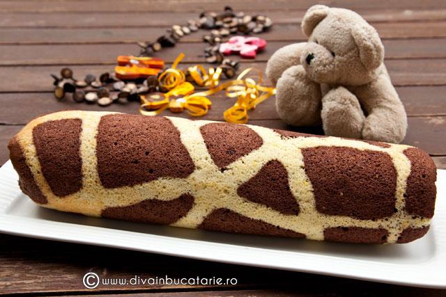 rulada-girafa-cu-ganache-de-ciocolata-si-nuci