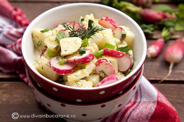salata-de-cartofi-cu-ridichi