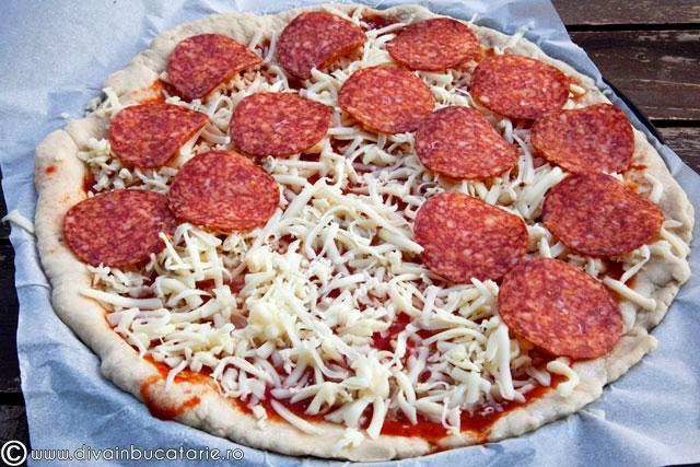 pizza-cu-salam-pizza-salami-2