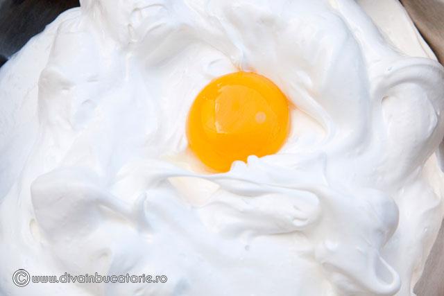 prajitura-cu-cirese,-migdale-si-martipan-1