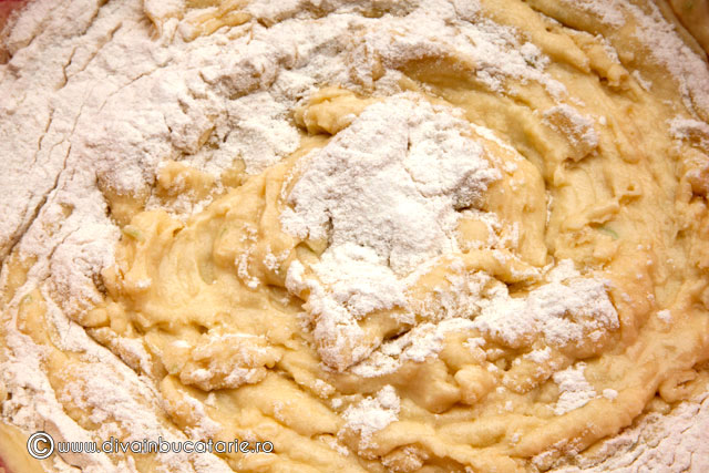 prajitura-cu-ricotta,-lime-si-coacaze-3