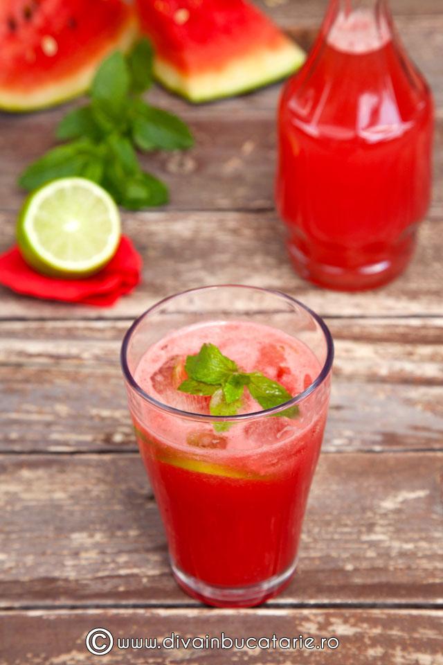 limonada-cu-suc-de-pepene-rosu