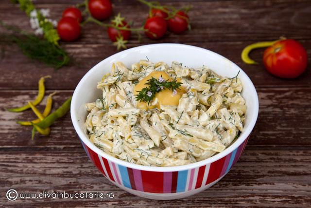 salata-de-fasole-pastai-cu-maioneza-si-usturoi-01