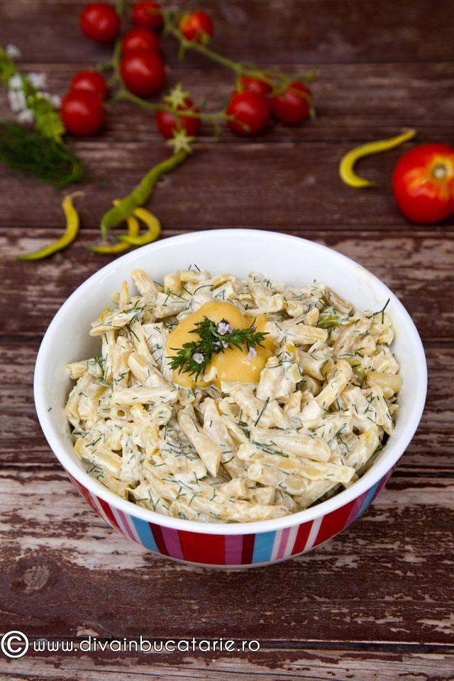 salata-de-fasole-pastai-cu-maioneza-si-usturoi