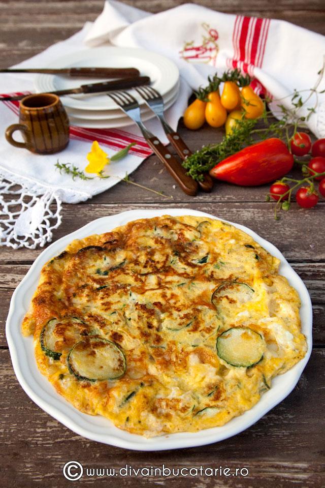 omleta-taraneasca-cu-dovlece-zucchini-ceapa
