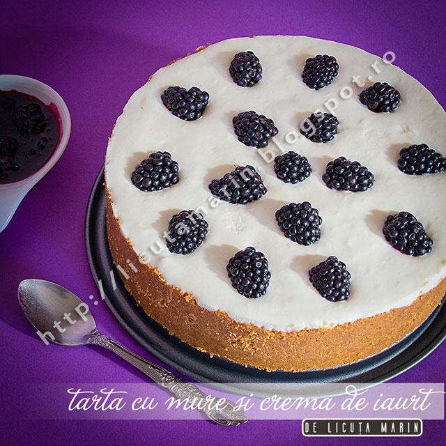 tarta-cu-mure-si-crema-de-iaurt-Licuta
