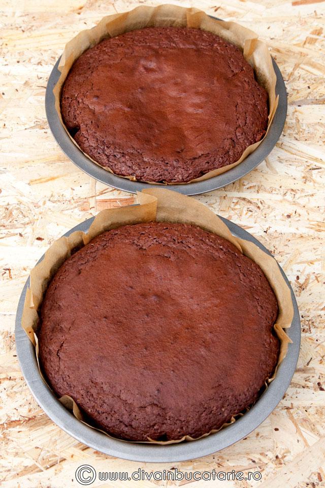 tort-de-ciocolata-cu-crema-nutella-si-alune-de-padure-3
