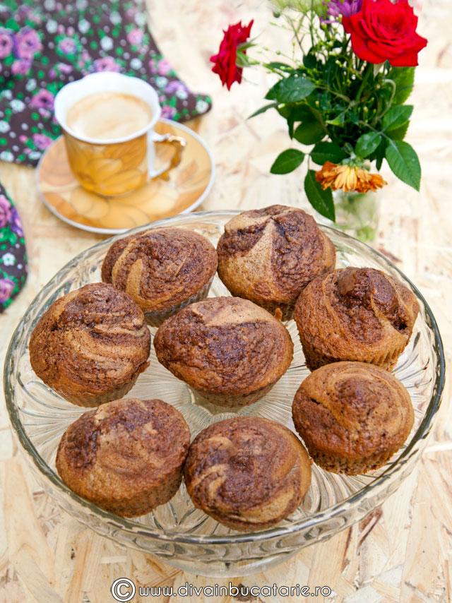 muffins-cu-nuca-si-nutella