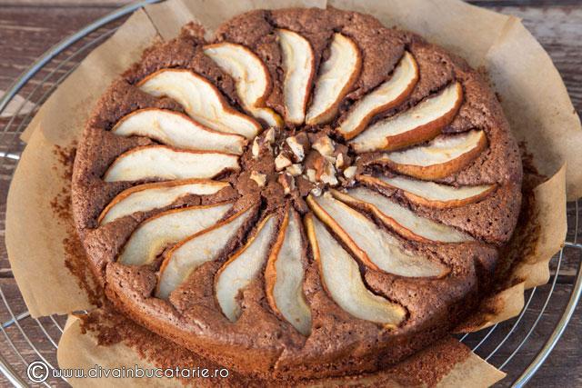 prajitura-cu-pere-si-ciocolata-5