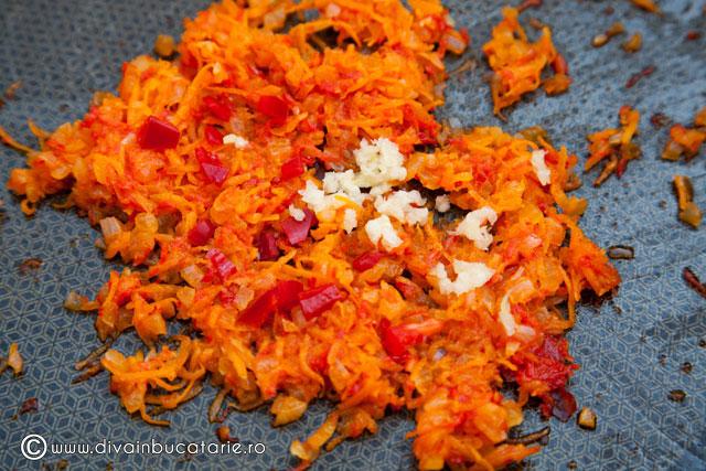 mazare-picanta-de-post-cu-rosii-si-masline-2