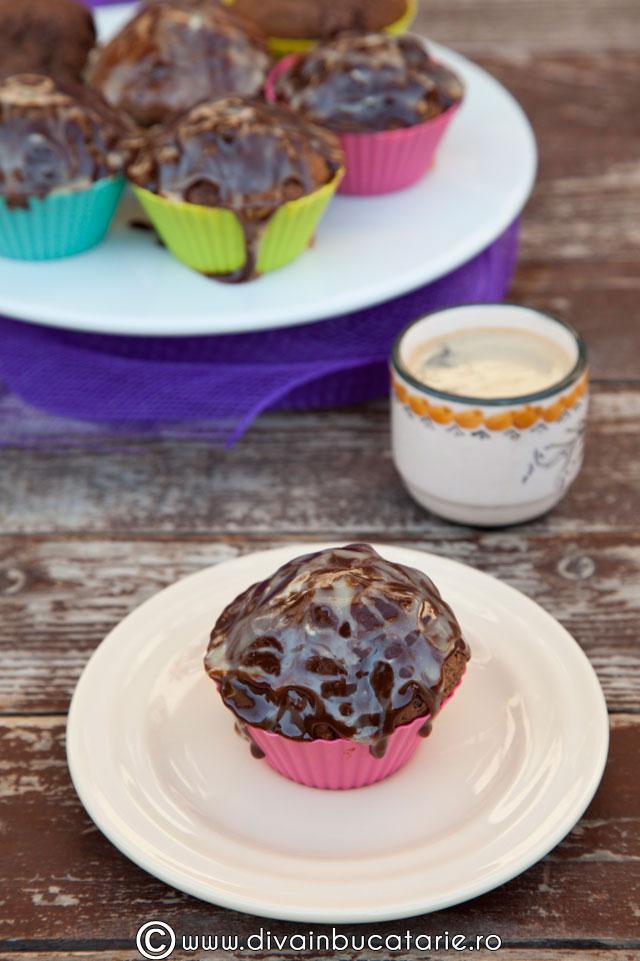 muffins-cu-ciocolata-0