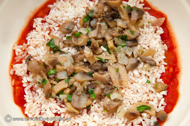 orez-cu-rosii-si-ciuperci-4