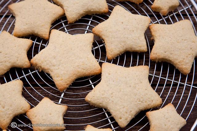 bradut-din-biscuiti-cu-nuca-de-cocos-4