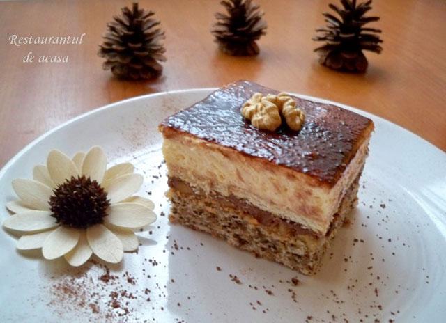 prajitura-cu-nuca-si-crema-de-vanilie-izuk