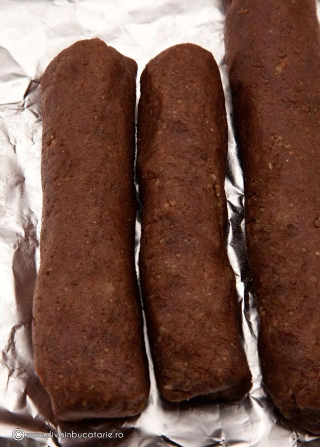 biscuiti-cu-nuca-si-ciocolata-3-0