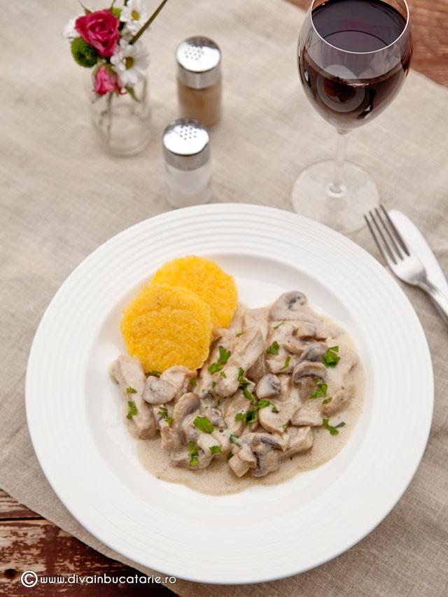 cotlet-de-porc-cu-ciuperci-0 0