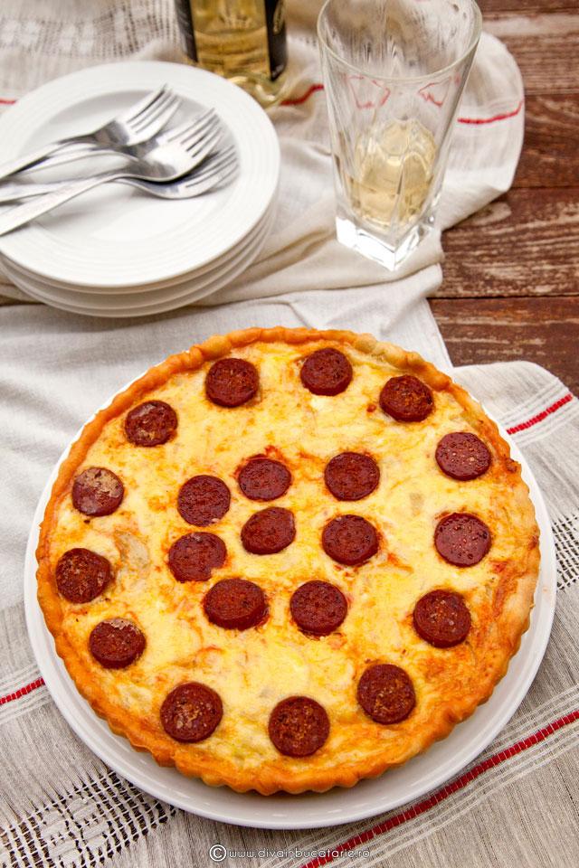 tarta-cu-cartofi-si-carnati-picanti--0