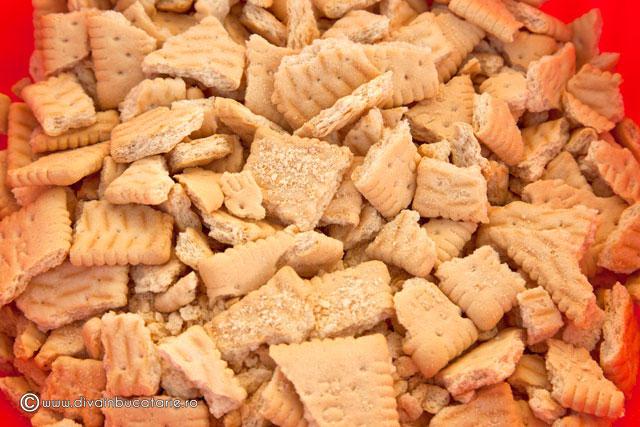 salam-de-biscuiti-in-2-culori-a