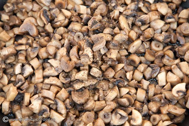 drob-de-ciuperci-cu-oua-de-prepelita-1