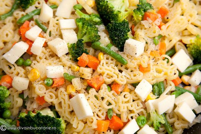 salata-din-paste-baneasa-copiilor-cu-legume-3