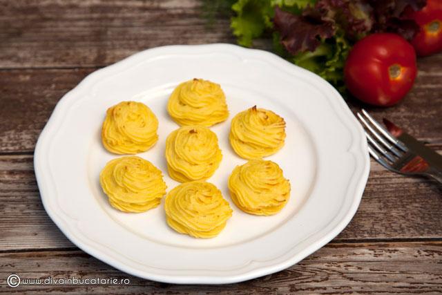 cartofi-duchess-b