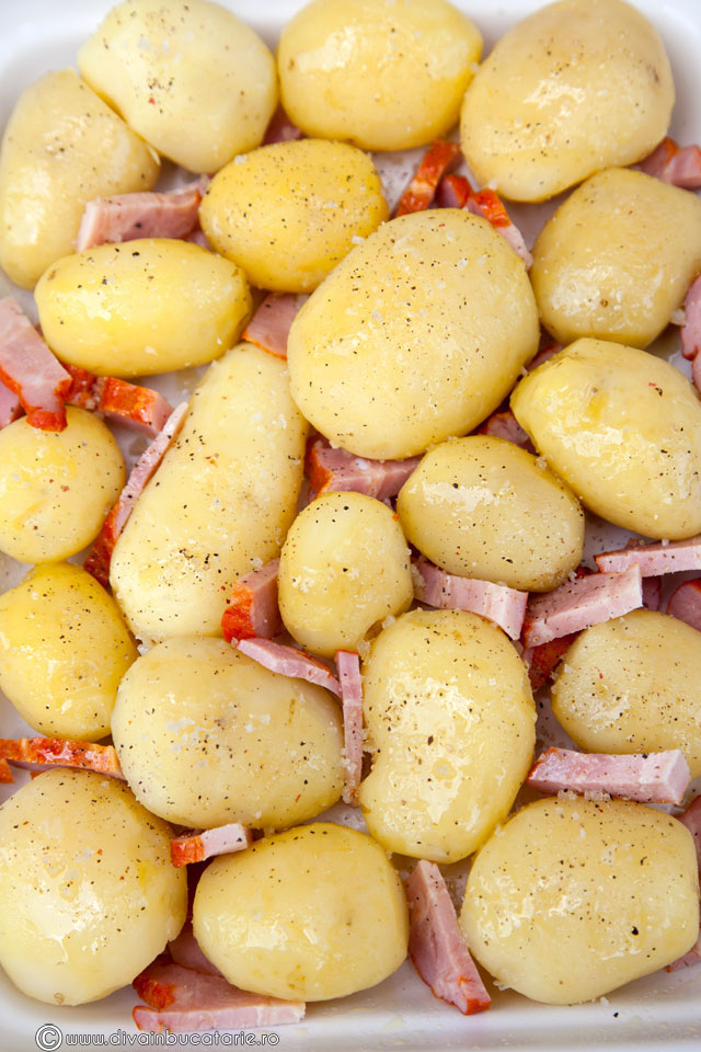 cartofi-noi-copti-cu-branzeturi-2